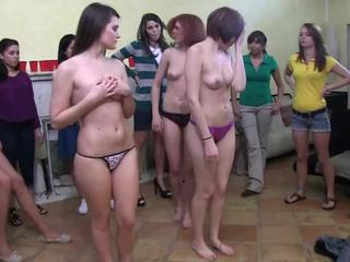 Лесбиянки Реального Училища Подросток Обещания