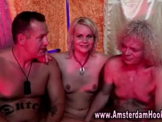 Настоящим Голландским Блондинка Шлюха Получает Лица