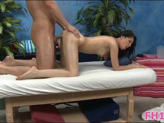 Эта Сексуальная 18-Летний Горячая Девушка Трахнут Трудно Из-За