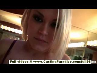 Пепел Голливуд Прелестная Блондинка С Высокими Каблуками И Природных Сиськи Мастурбировать Пронзили