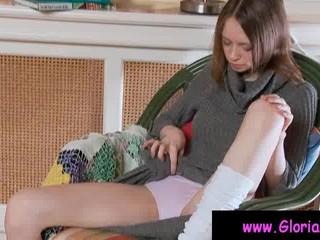 Пышногрудые Девочки-Подростка Трется Розовый Пизду