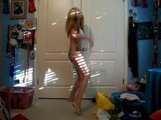 Подросток Танцы В Номере