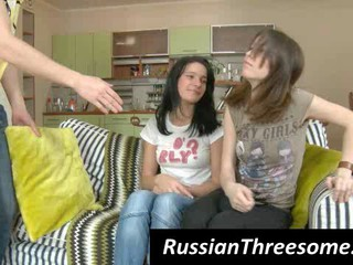 Российских Подростков Девочек Дразнить Чувак