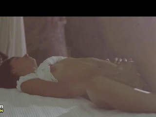 Brunette Мастурбировать Ее Сонный Влагалище