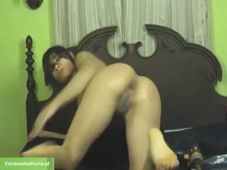 Latina Использовать Дрель Для Лешие