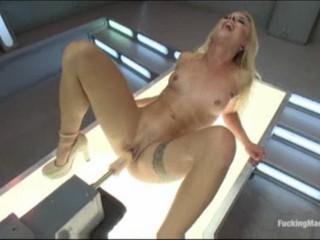 Машины Бурильные Секси Блондинки Pussy