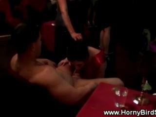 Hot Sexy Babes Получение Горло Трахал В Клубе