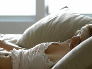 Ангел Пытающийся Достичь Оргазма В Искусстве Порно