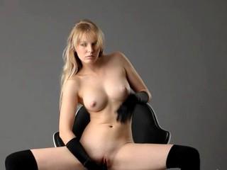 Черные Чулки Дополнительных Очаровательный Порнозвезда