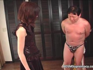 Бедный Человек Получает Связали И Доминировали В Этой Сцены BDSM 1 По BDSMSupremacy