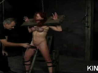 Big Titty Привязана Красотка