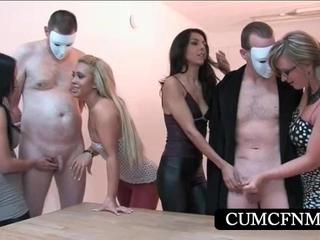 CFNM Sexparty С Несколькими Handjobs
