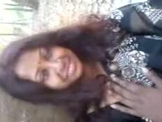 Prachi Bhabhi В Парк На Свидание С Любовником