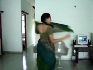 Сексуальный Южной Индии Горячую Попку Танец