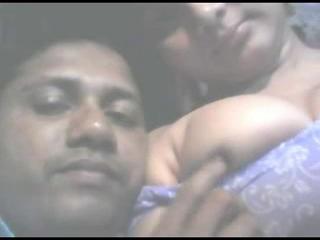 Сексуальный Arjun Имеющих Секс С Ней BF Webcam Поимка...